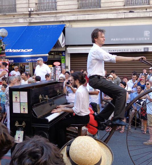 Parade of the Festival ©BISET V