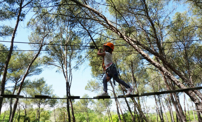 Treetop adventure courses in Provence @ Storm