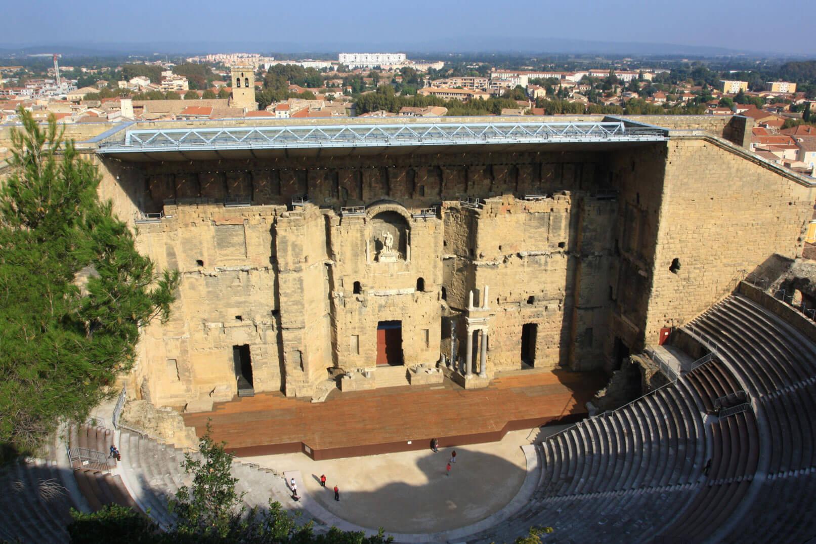 Remains of the Roman era in Vaucluse @ Hocquel