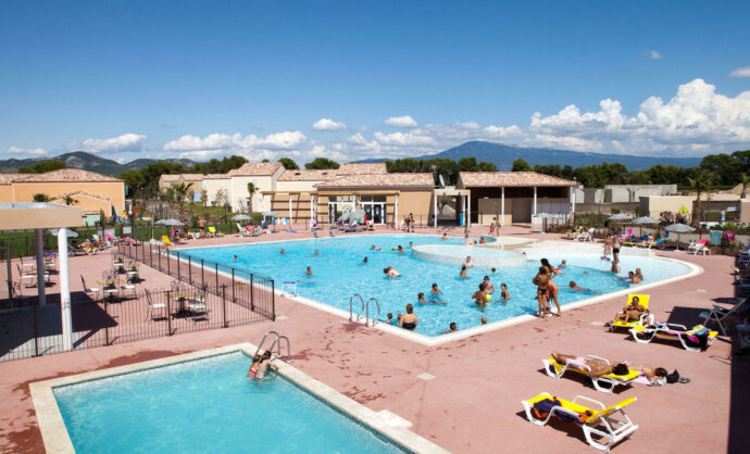 Holiday resorts in Vaucluse @ MMV
