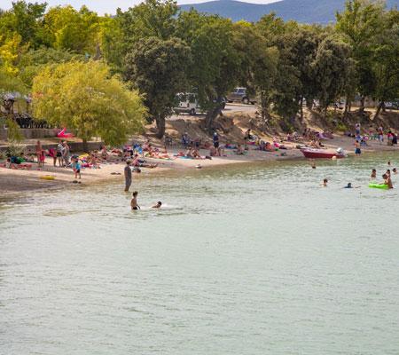 La Bonde Lake Luberon